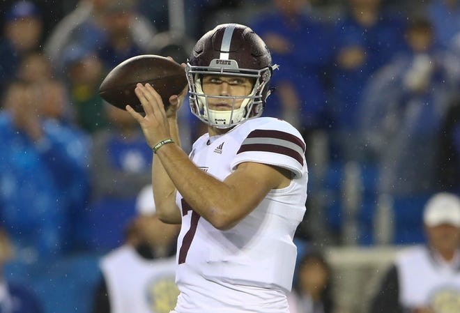 Sep 22, 2018; Lexington, KY, USA; Mississippi State Bulldogs quarterback Nick Fitzgerald (7) passes the ball against the Kentucky Wildcats in the first half at Kroger Field. Mandatory Credit: Mark Zerof-USA TODAY Sports