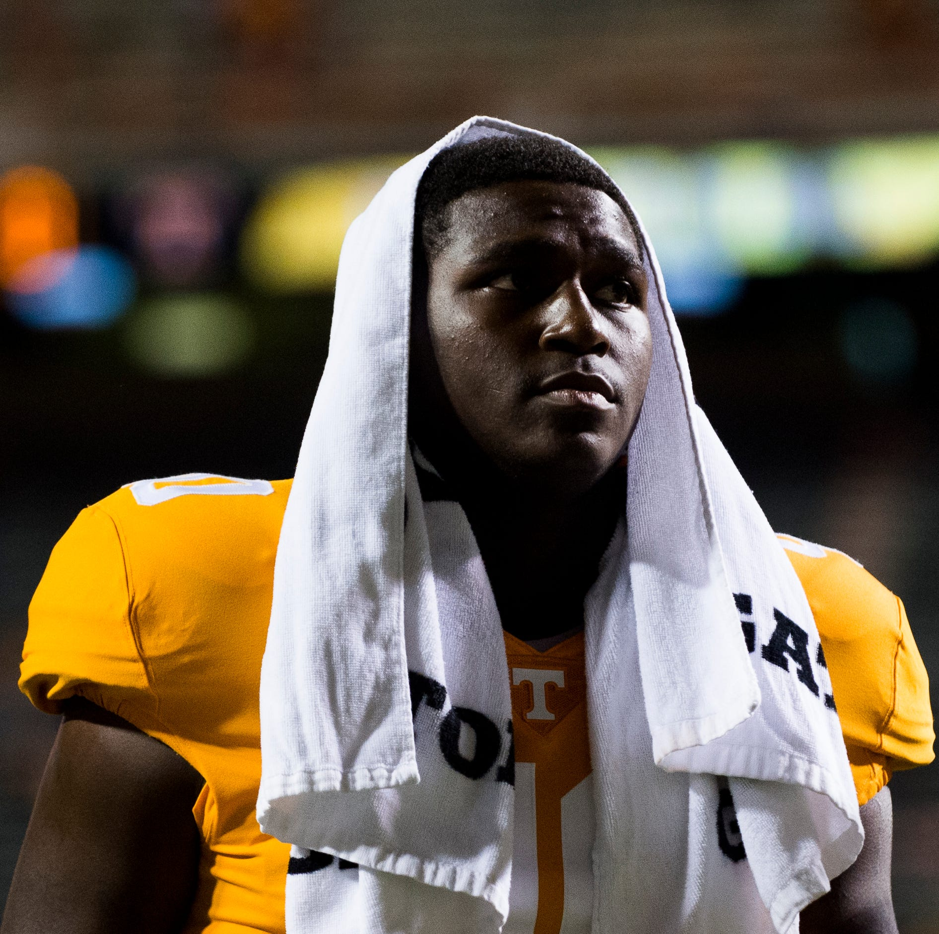 JJ Peterson makes UT Vols football debut against Alabama