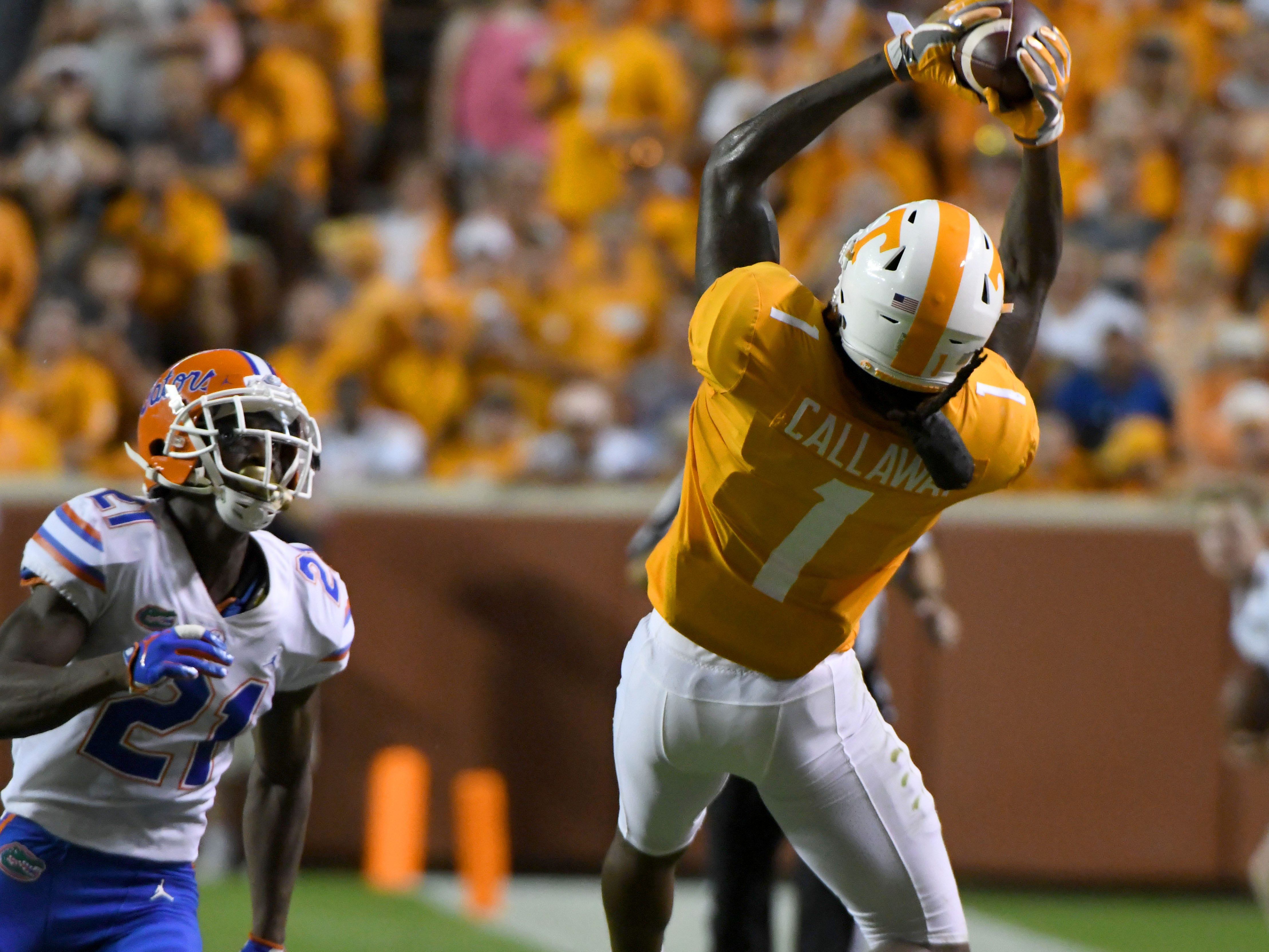 Tennessee wide receiver Marquez Callaway (1) catches a pass during first half action against Florida in Neyland Stadium Saturday, September 22, 2018 in Knoxville, Tenn.