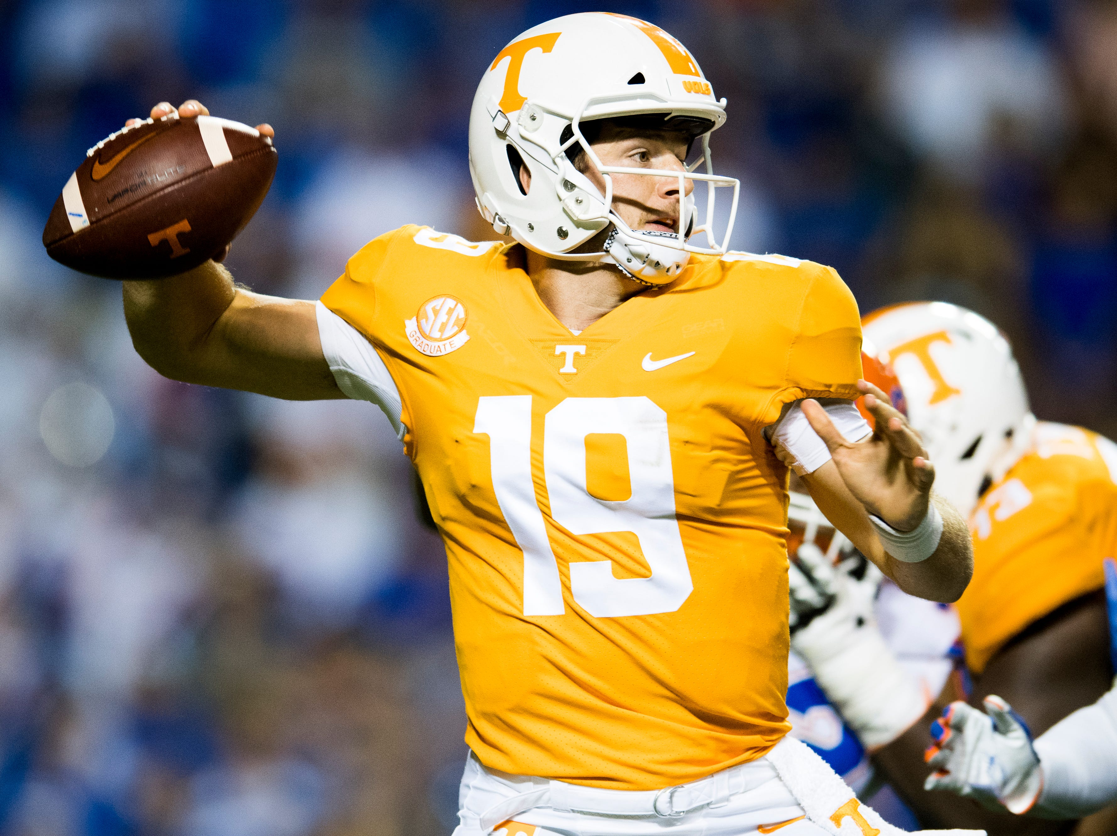 Tennessee quarterback Keller Chryst (19) lines up a pass during a game between Tennessee and Florida at Neyland Stadium in Knoxville, Tennessee on Saturday, September 22, 2018.
