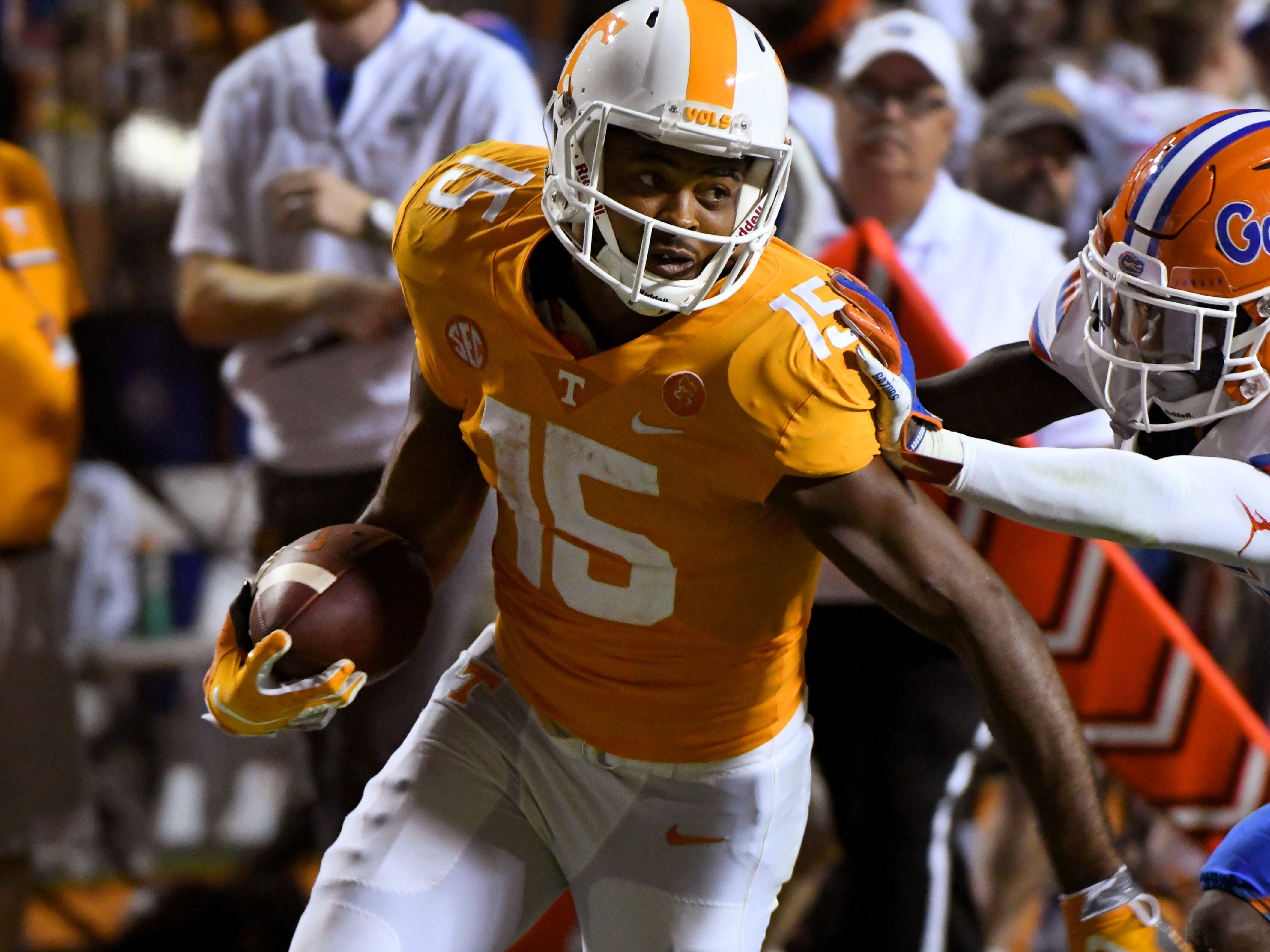 Tennessee wide receiver Jauan Jennings (15) scores during second half of their 47-21 loss to Florida in Neyland Stadium Saturday, September 22, 2018 in Knoxville, Tenn.
