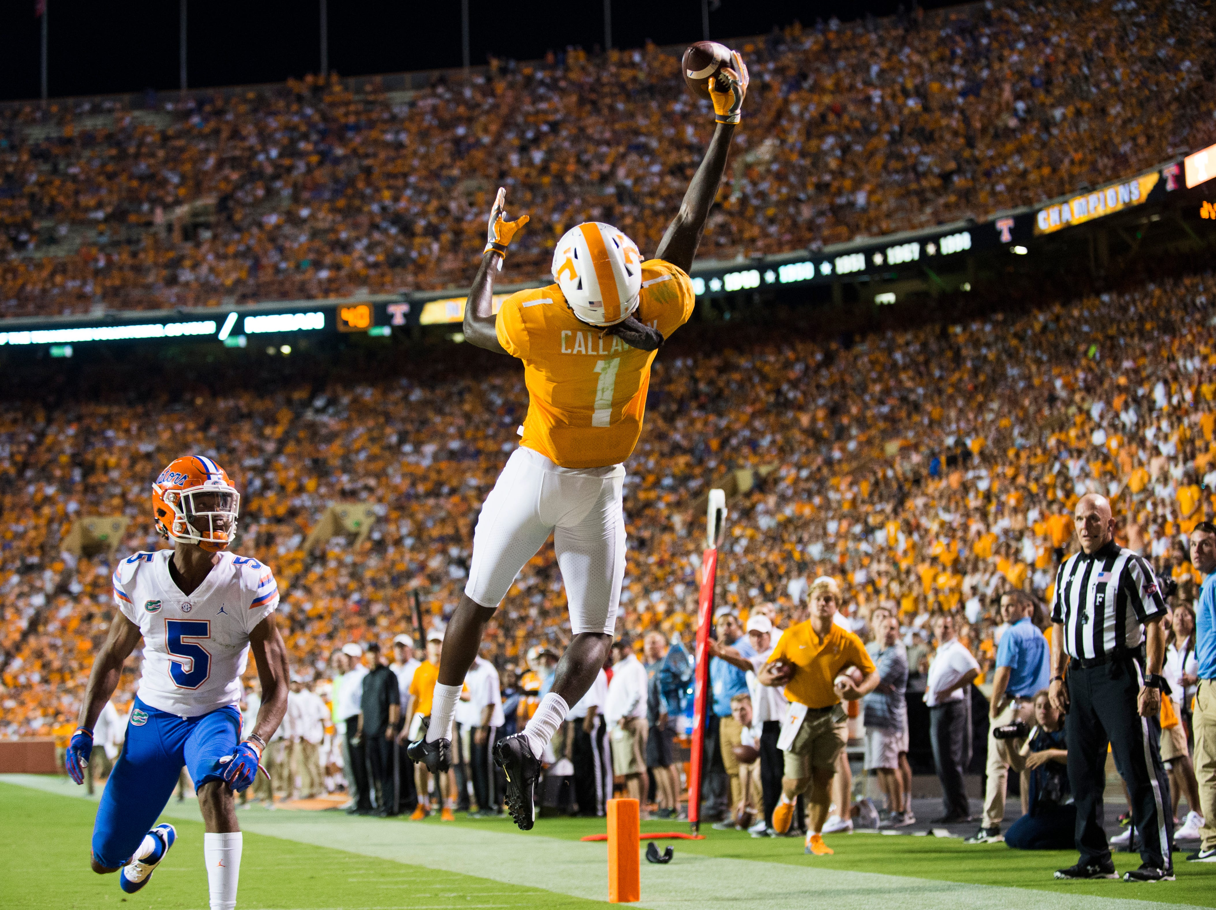 Tennessee wide receiver Marquez Callaway (1) reaches for in the end zone but is called incomplete during a game between Tennessee and Florida at Neyland Stadium in Knoxville, Tennessee on Saturday, September 22, 2018.