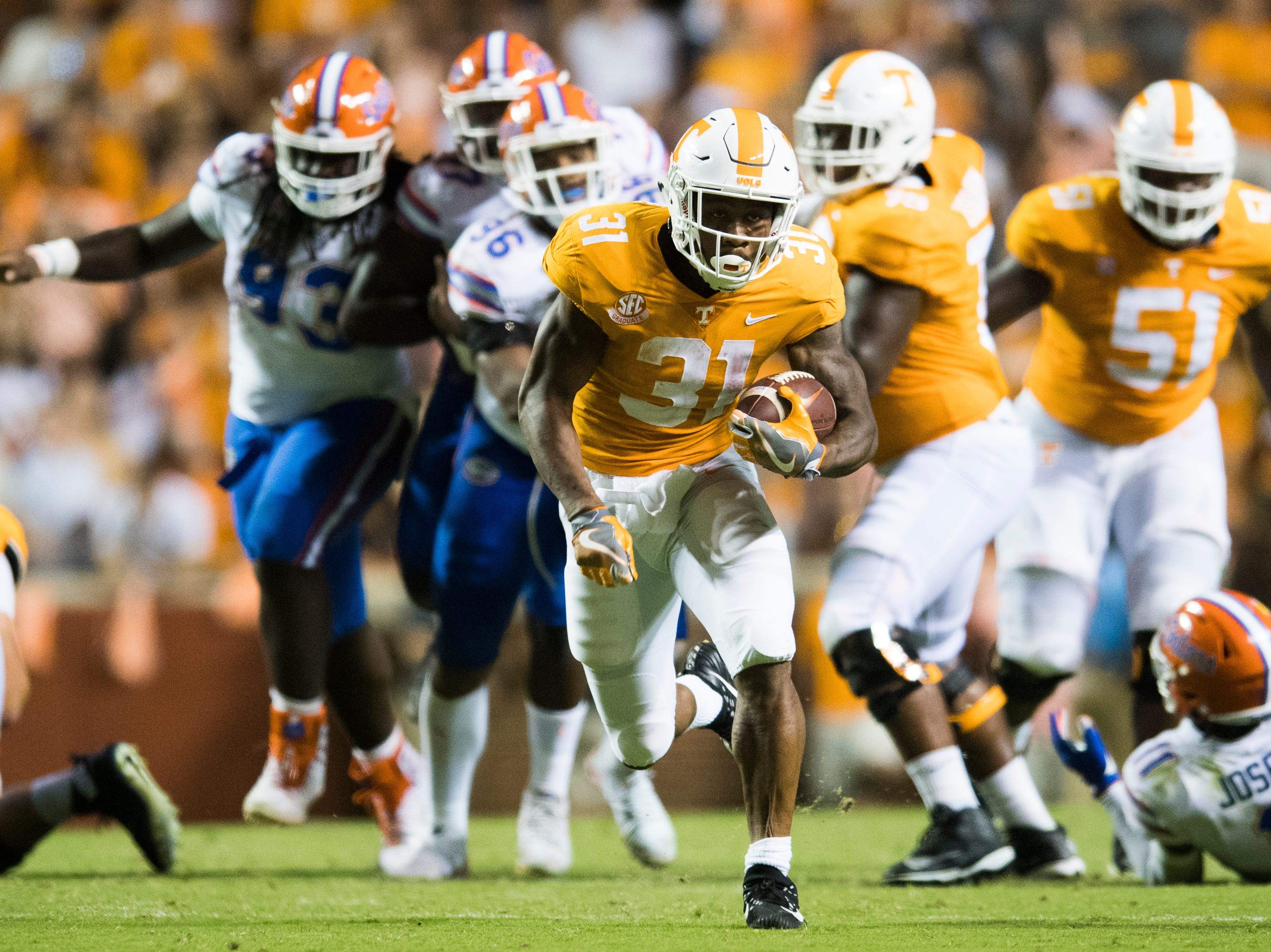 Tennessee running back Madre London (31) makes a break down the field during a game between Tennessee and Florida at Neyland Stadium in Knoxville, Tennessee on Saturday, September 22, 2018.