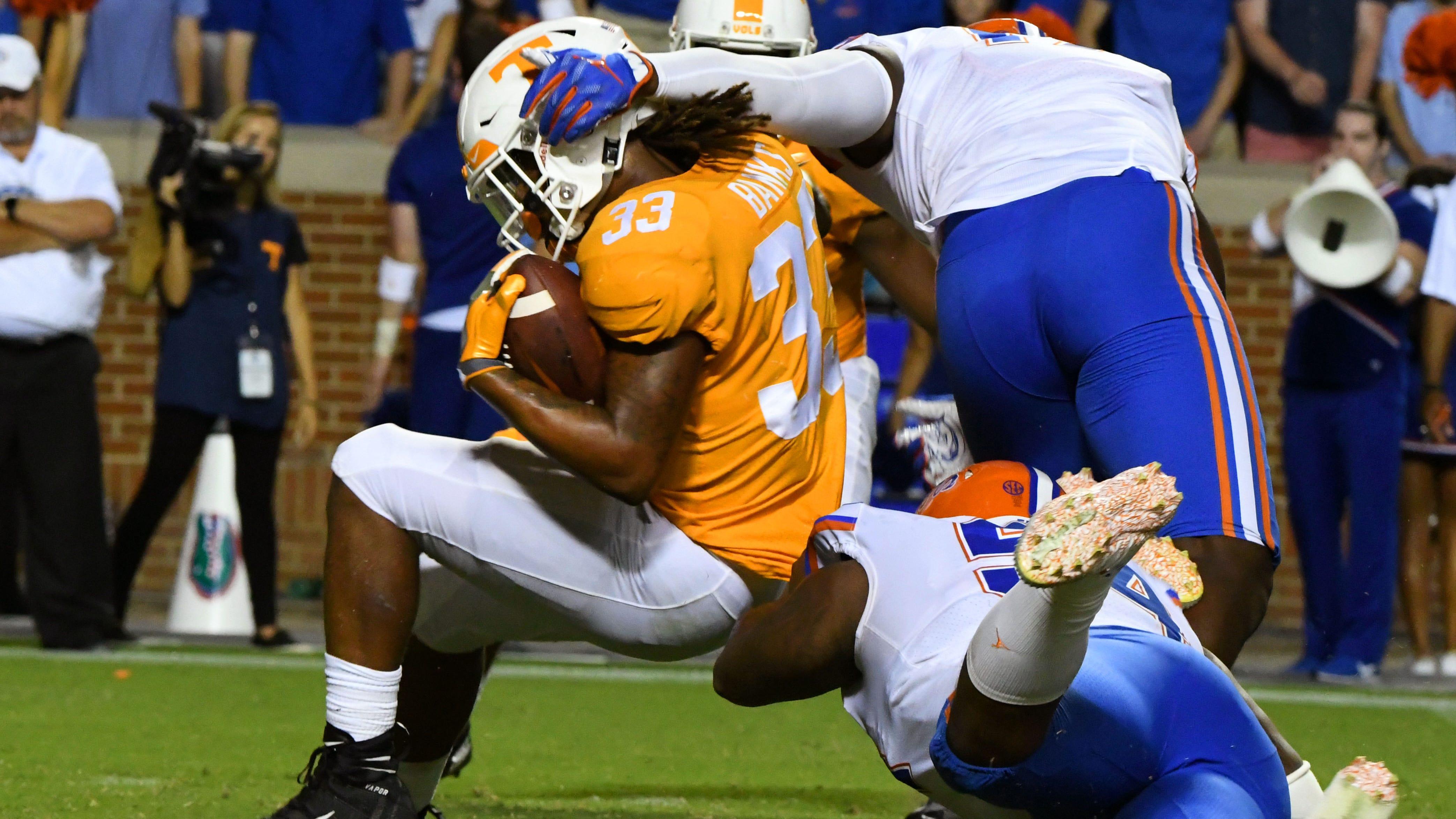 Grading the Vols: UT's offense fails in turnover-fest against Florida