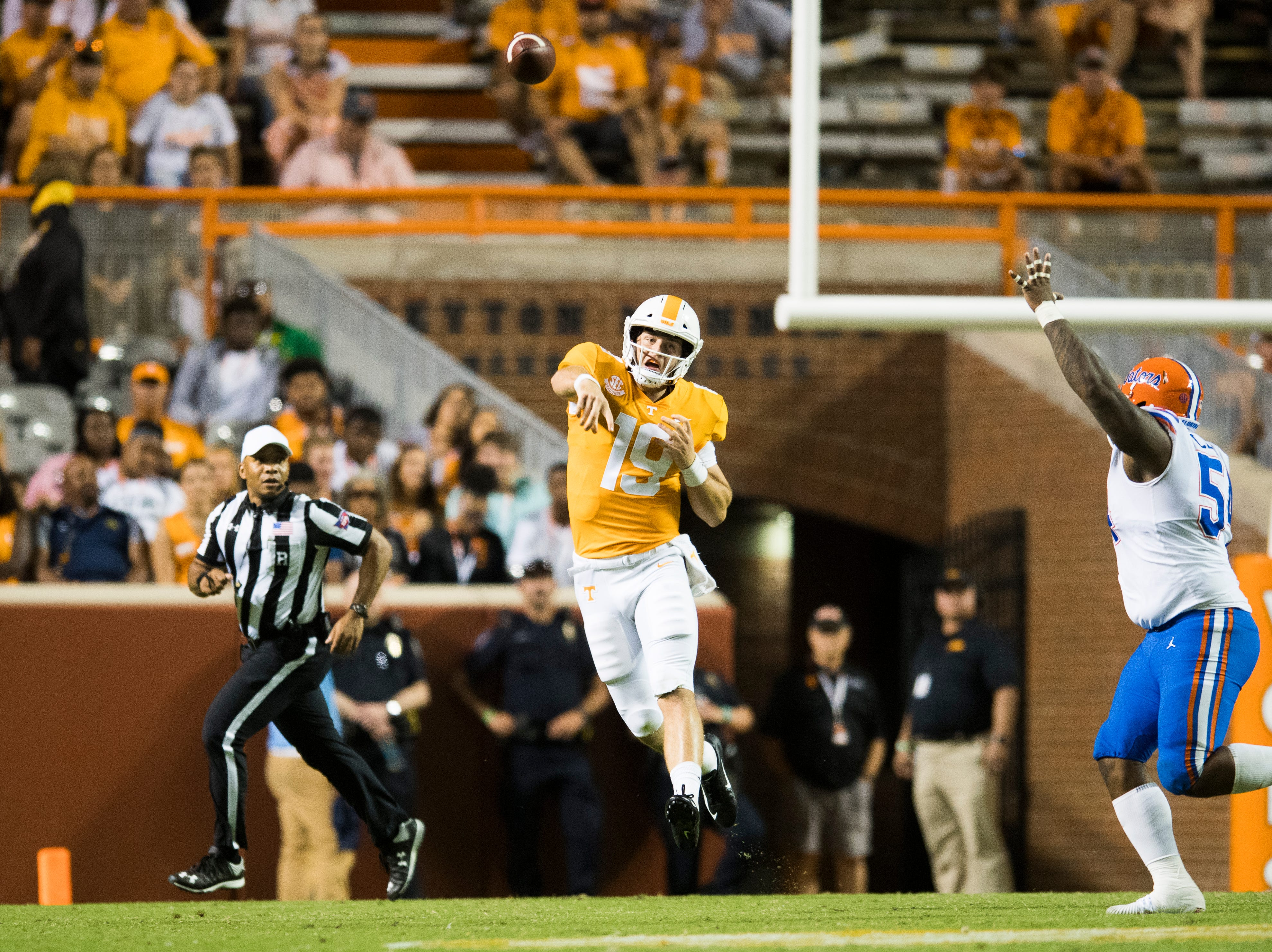 Tennessee quarterback Keller Chryst (19) throws a long pass during a game between Tennessee and Florida at Neyland Stadium in Knoxville, Tennessee on Saturday, September 22, 2018.
