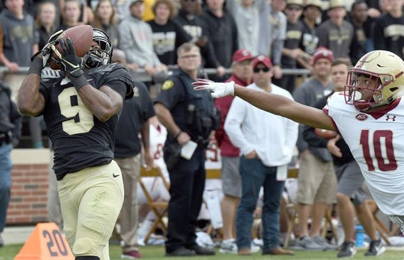 Purdue receiver Terry Wright catches a 36-yard touchdown pass against Boston College