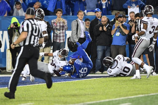 UK RB Benny Snell, Jr. scores his fourth touchdown during the University of Kentucky football game against Mississippi State at Kroger Field in Lexington, Kentucky on Saturday, September 22, 2018.