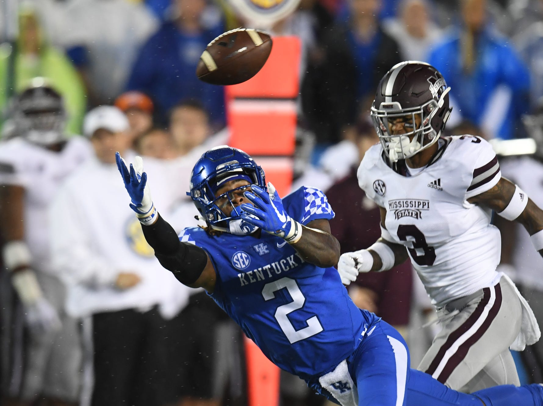 UK WR Dorian Baker stretches out for the pass but comes up short during the University of Kentucky football game against Mississippi State at Kroger Field in Lexington, Kentucky on Saturday, September 22, 2018.
