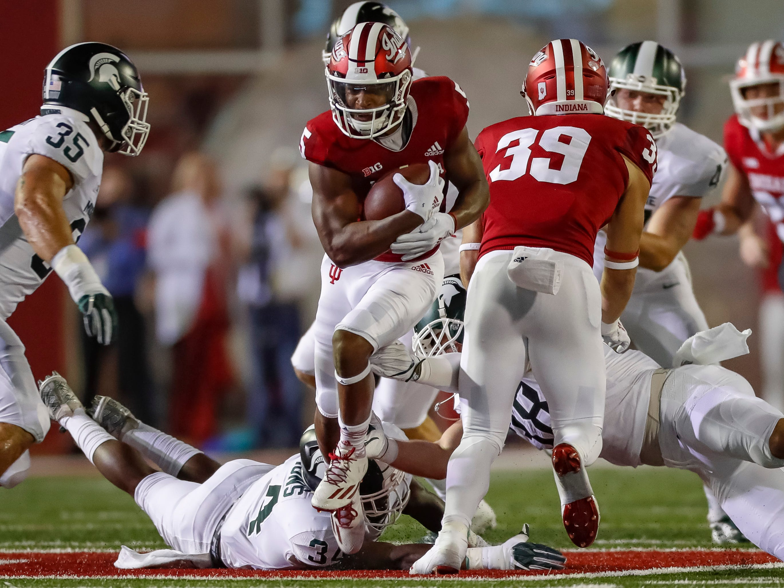 J-Shun Harris II #5 of the Indiana Hoosiers runs the ball against the Michigan State Spartans during the second quarter at Memorial Stadium on September 22, 2018 in Bloomington, Indiana.