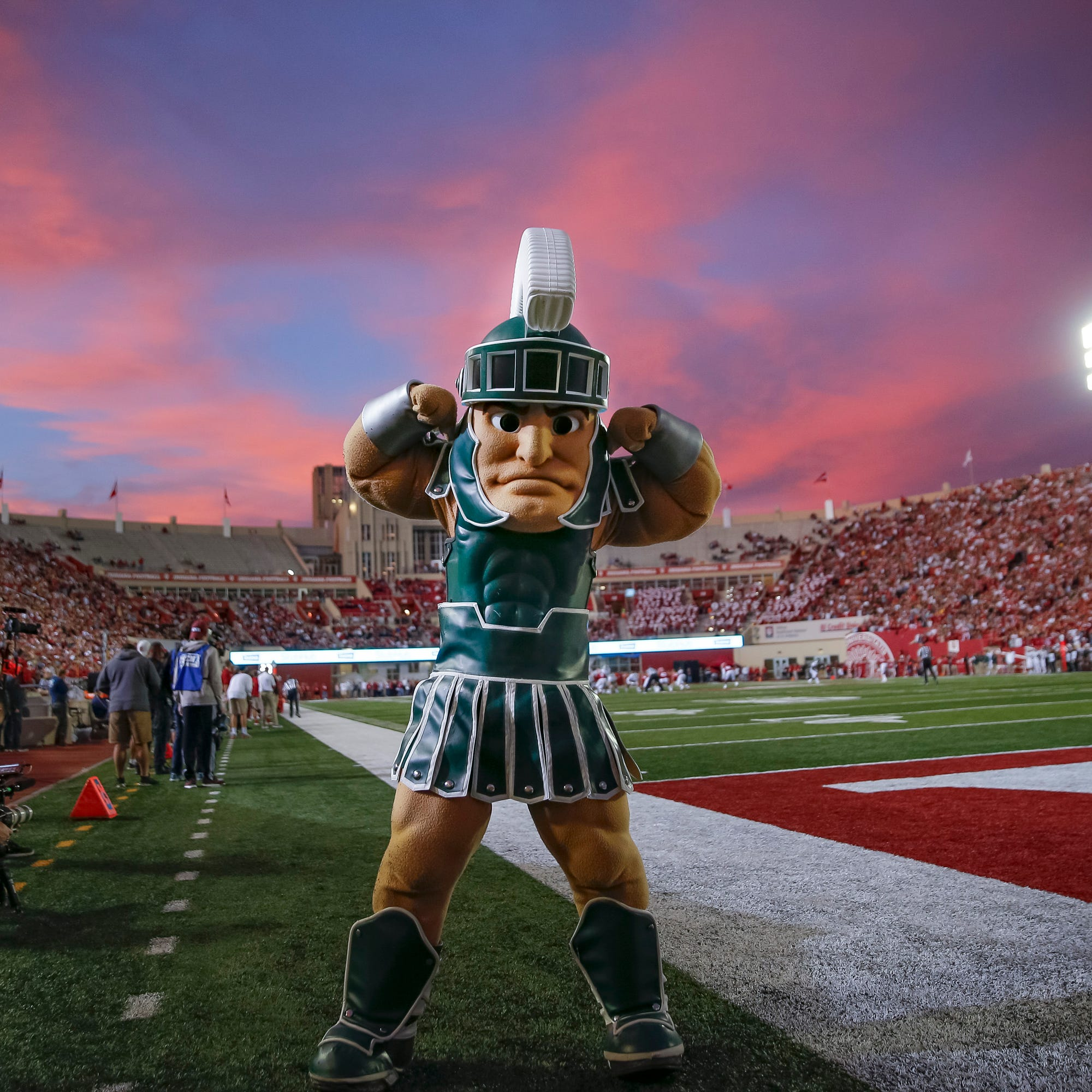 Michigan State football, basketball fake mailbag – real answers to your made up questions
