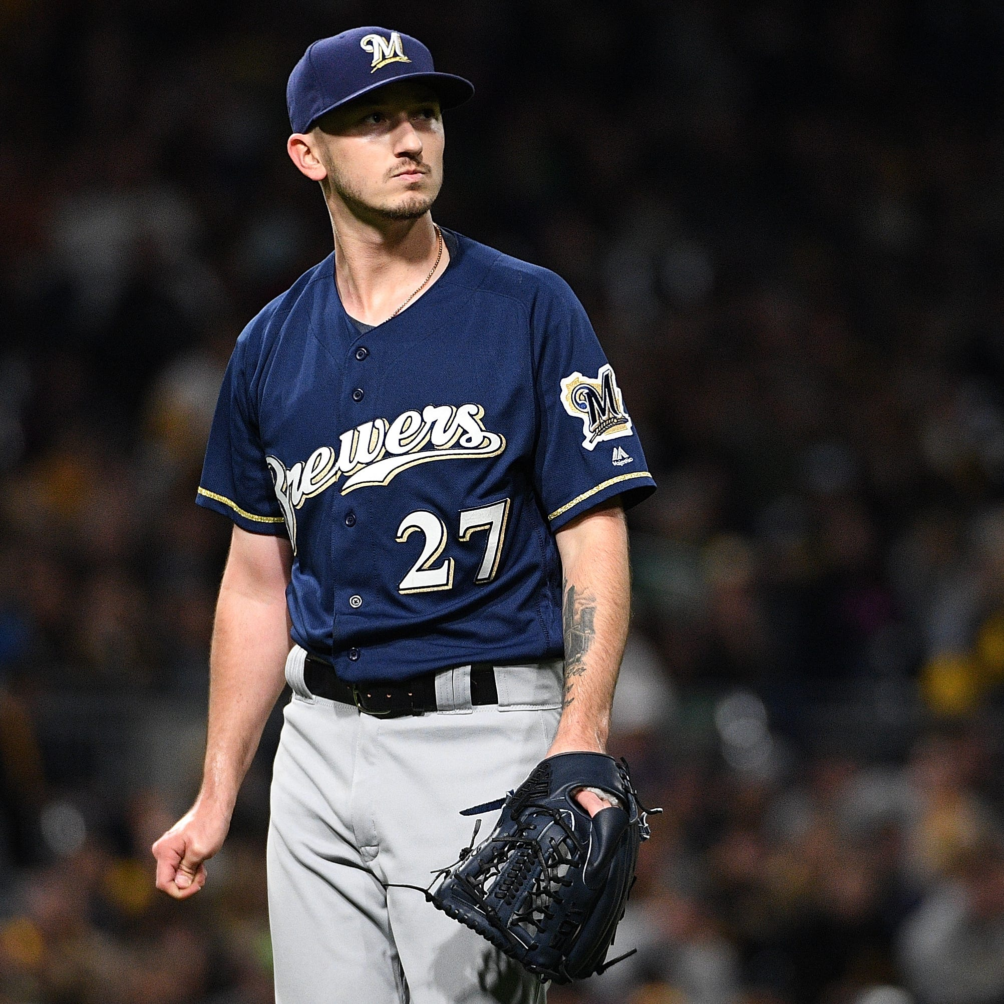 Zach Davies replaces injured Gio Gonzalez on Brewers' NLCS roster