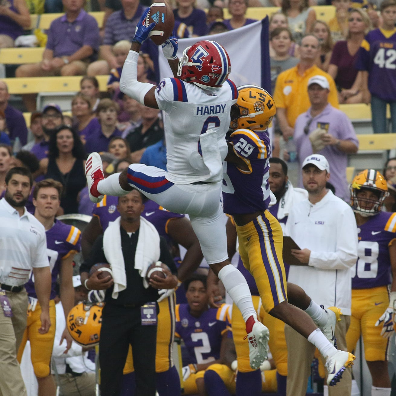 No. 6 LSU fights off Louisiana Tech rally to pull away