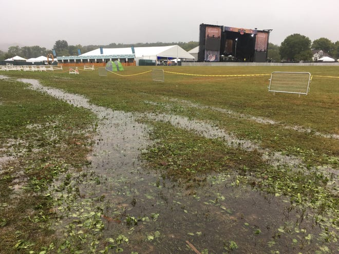 After cutting its first day short due to inclement weather, the Pilgrimage festival in Franklin has canceled its second and final day of programming, as storm clouds continue to hover over the area.