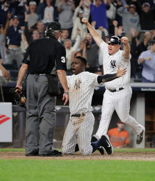 Ny Yankees Clinch Wild Card Spot With Late Victory Over