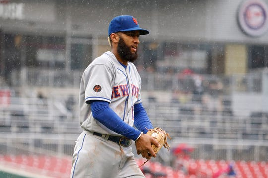 Sep 23, 2018; Washington, DC, USA; New York Mets shortstop Amed Rosario (1) catches a fly ball for an out during the sixth inning against the Washington Nationals at Nationals Park.