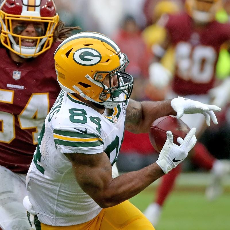 Green Bay Packers tight end Lance Kendricks (84) drops a long pass against Washington Sunday, September 23, 2018 at FedEx Field in Landover, MD.