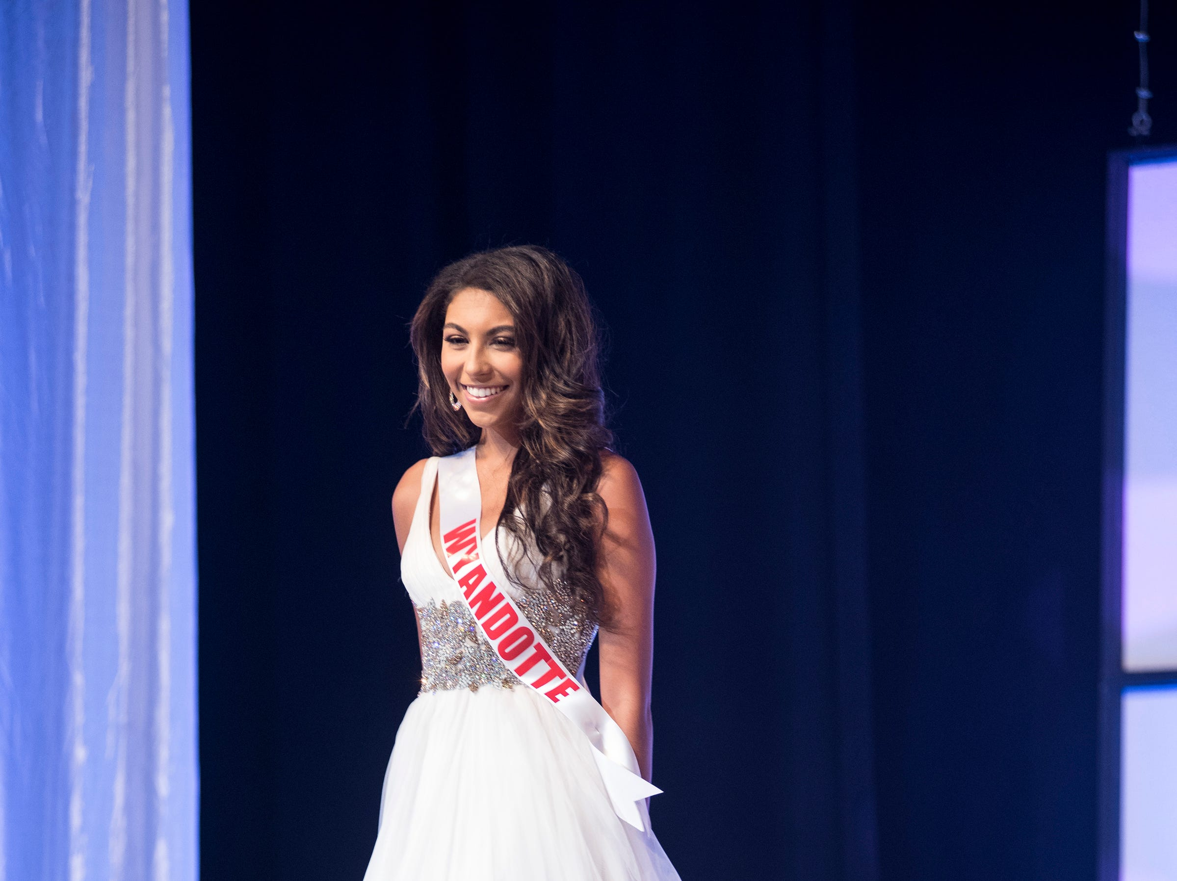 Miss Wyandotte Teen Alexis Fagan competes in formal wear during the semifinal round of Miss Michigan Teen USA Saturday, Sept. 22, 2018 at McMorran Theater.
