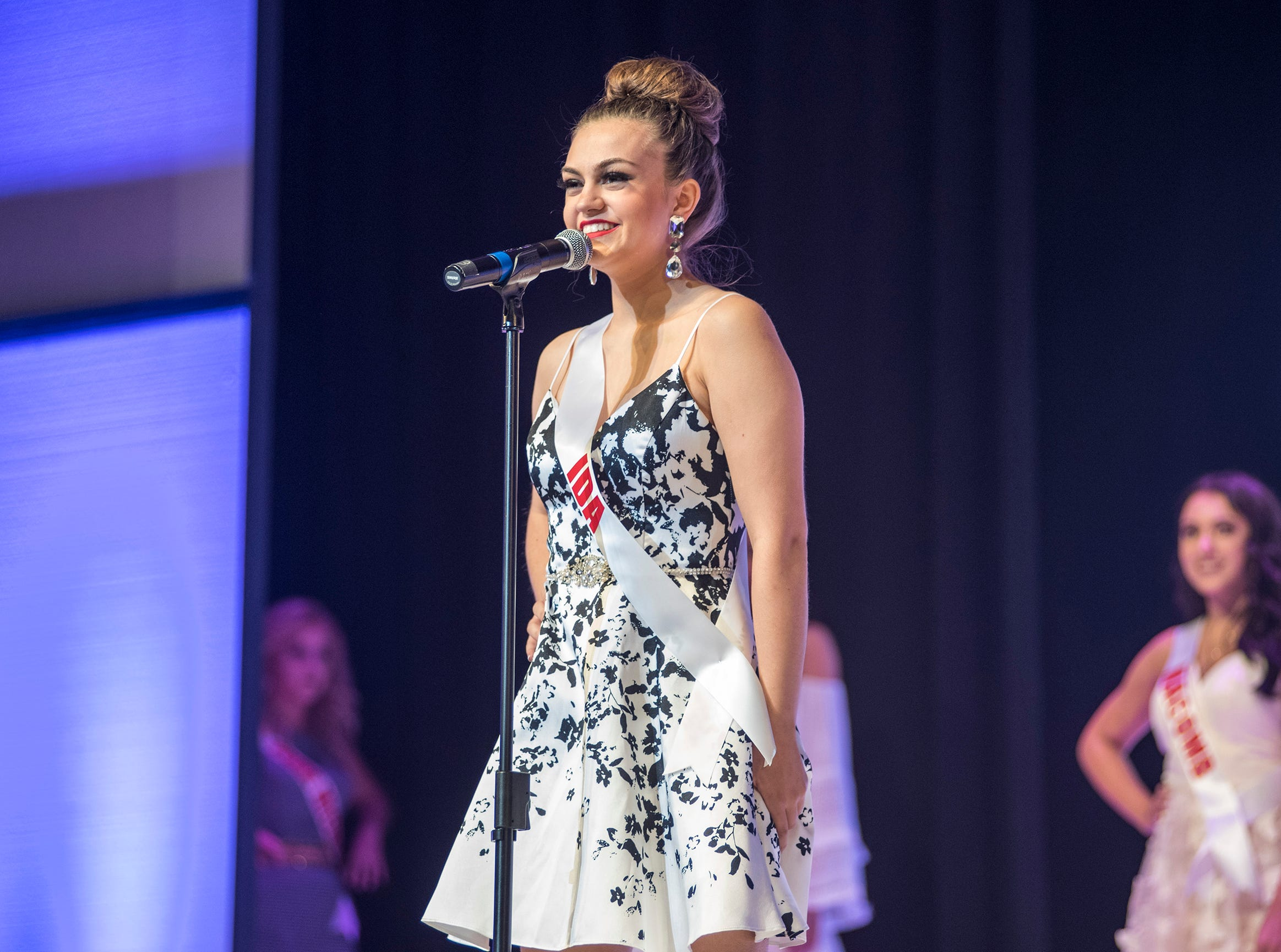 Miss Ida Teen Elizabeth Wirth introduces herself Saturday, Sept. 22, 2018 at the start of the Miss Michigan Teen USA competition at McMorran Theater.