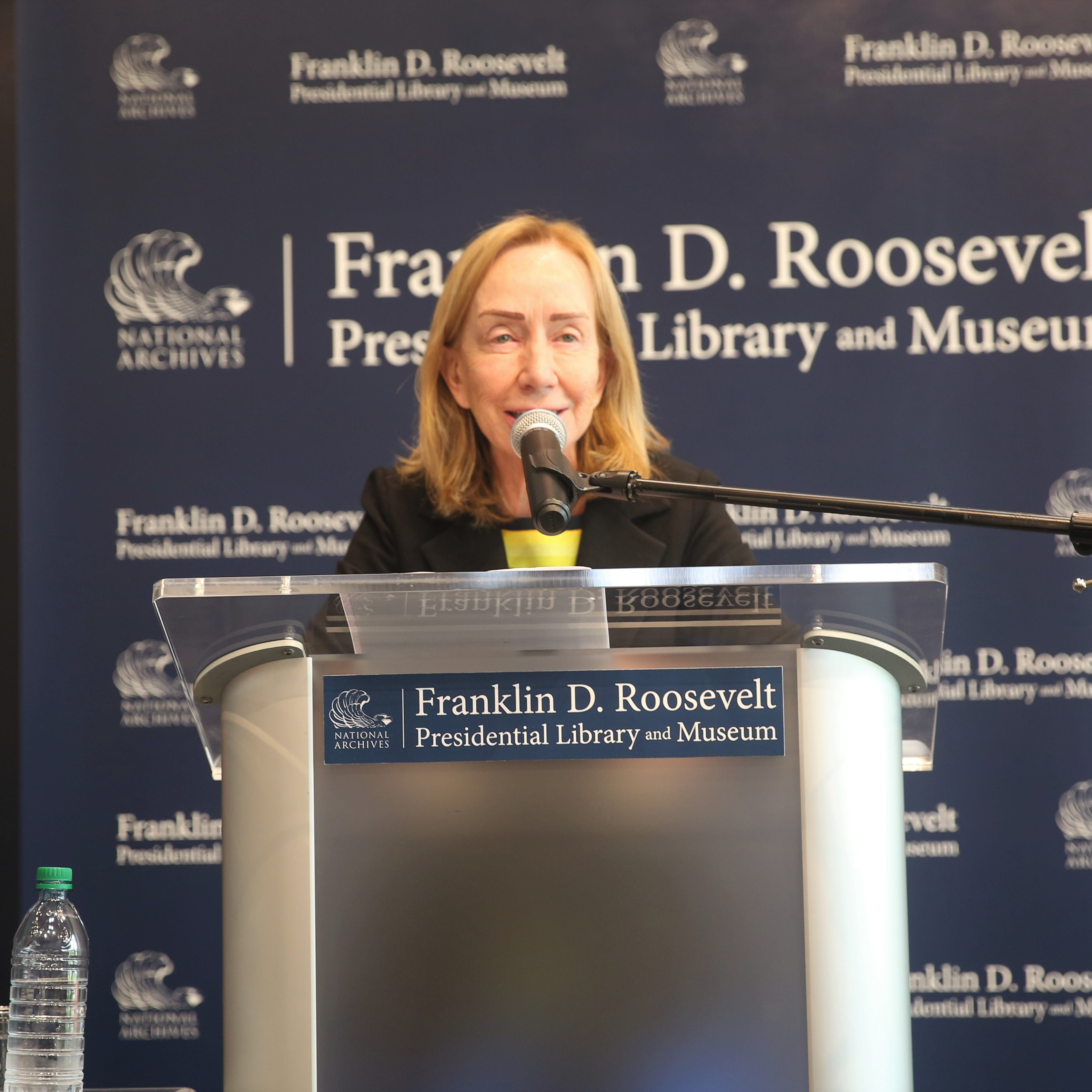 """Biographer Doris Kearns Goodwin speaks to a crowd at the FDR Library on Saturday about her new book, """"Leadership: In Turbulent Times."""" The book focuses on Abraham Lincoln, Theodore Roosevelt, Franklin D. Roosevelt and Lyndon B. Johnson."""