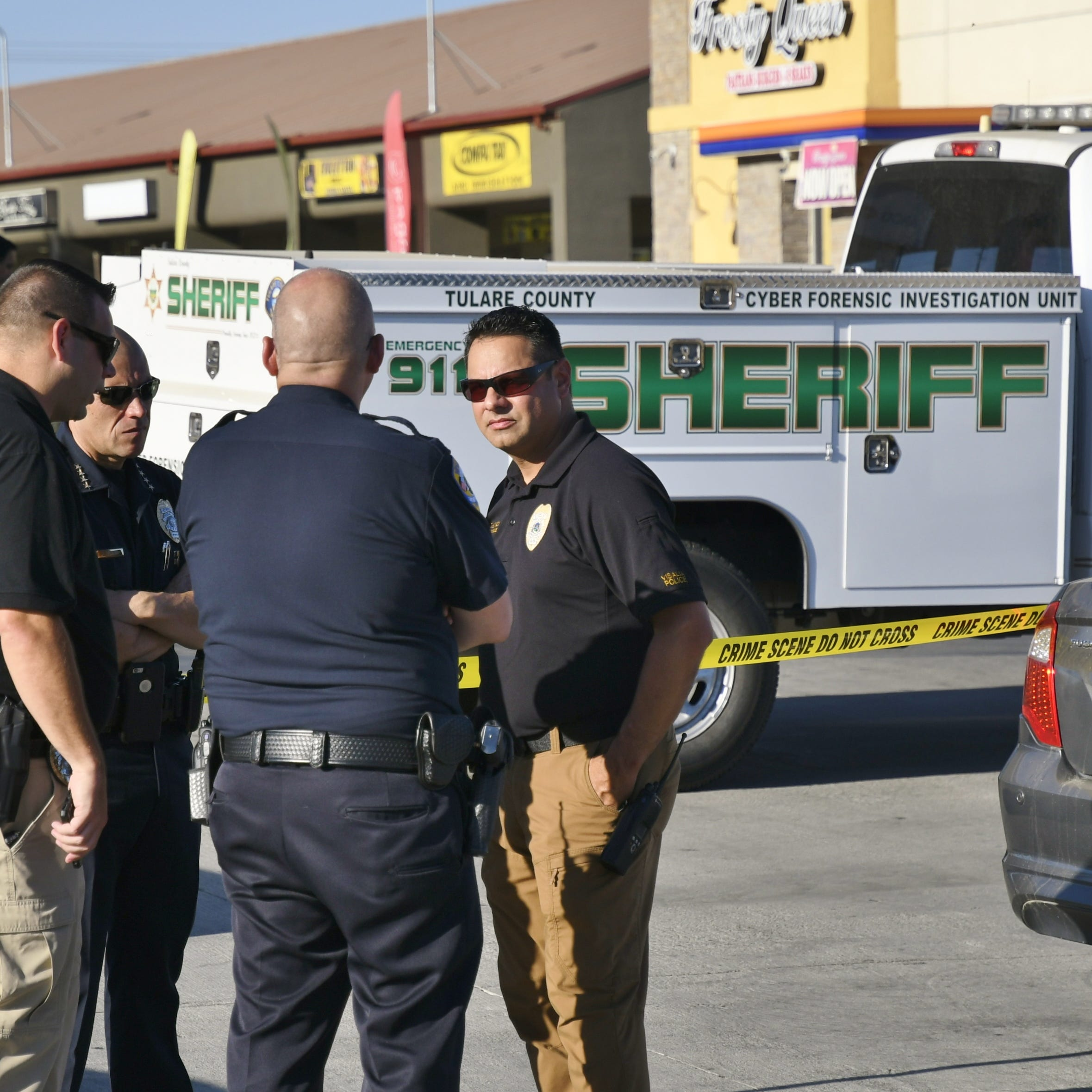 VPD: Suspect shot by police after hitting child, robbing Visalia ARCO
