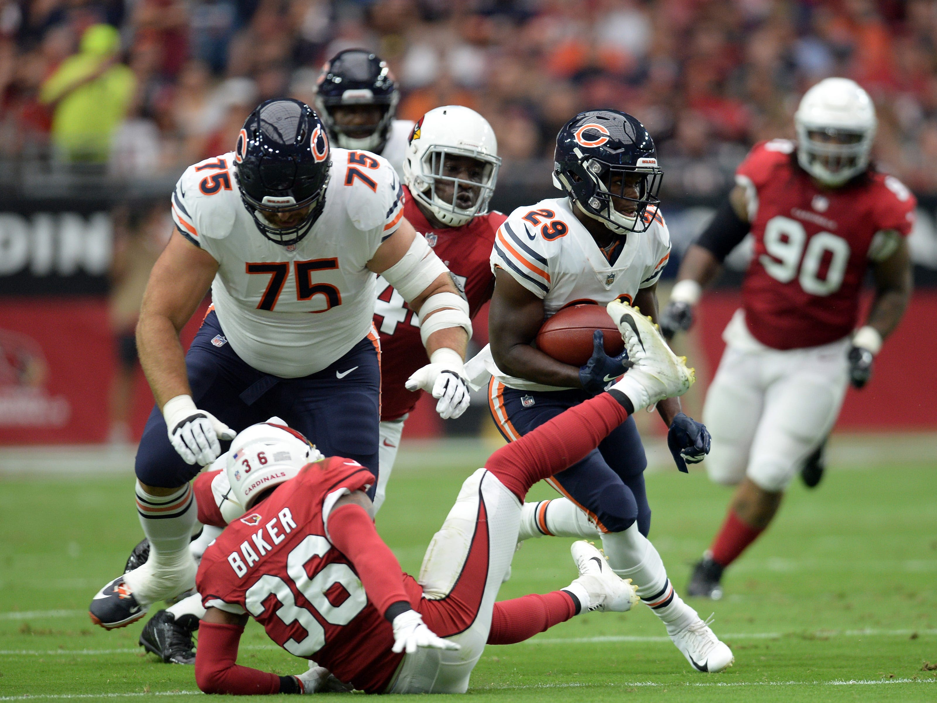 Sep 23, 2018; Glendale, AZ, USA; Chicago Bears running back Tarik Cohen (29) runs with the ball against the Arizona Cardinals during the first half at State Farm Stadium. Mandatory Credit: Joe Camporeale-USA TODAY Sports