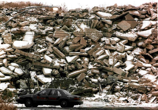 The illegal construction debris dump in Chicago's North Lawndale neighborhood in January 1996.