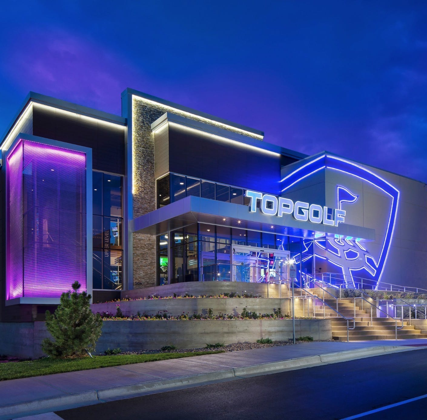 Topgolf to hire 500 for Great Lakes Crossing location