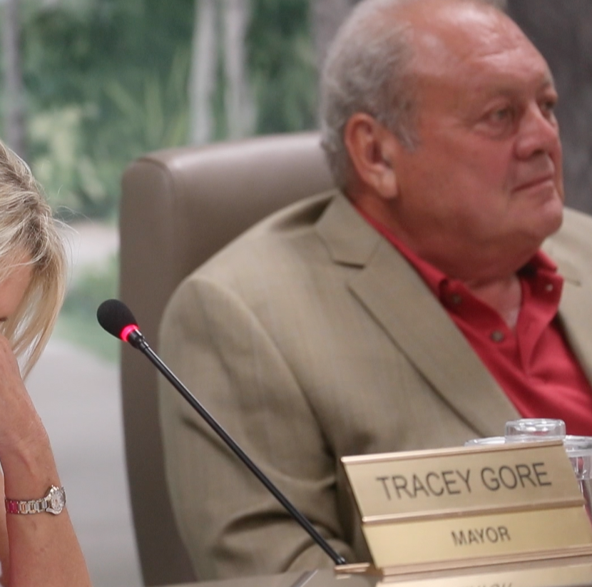 Chat with friends didn't break rules, say Fort Myers Beach Mayor Tracey Gore, Councilman Boback