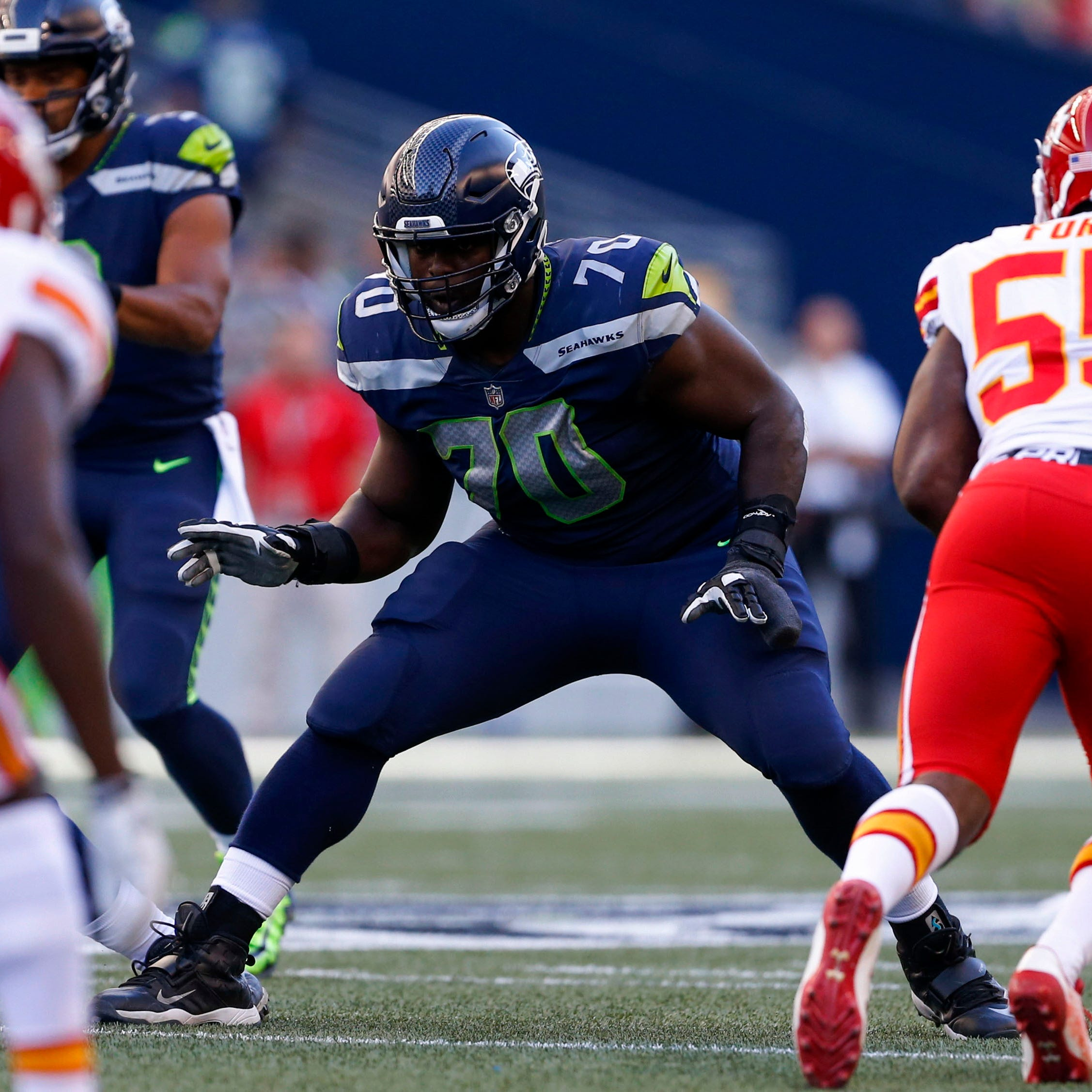Colts sign tackle Rees Odhiambo, who suffered scary injury vs. Indy last season