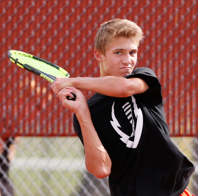 McCutcheon tennis chases history