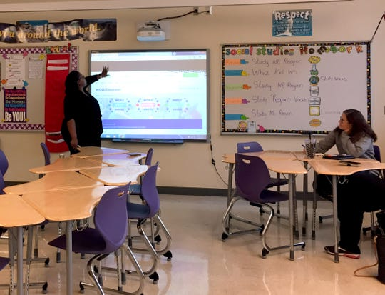 Elizabeth Curtis, an instructional technology consultant from WOSU public media, conducts a seminar with teachers from six different Fairfield County schools Monday, Sept. 24, 2018, at Bloom-Carroll Middle School in Carroll.