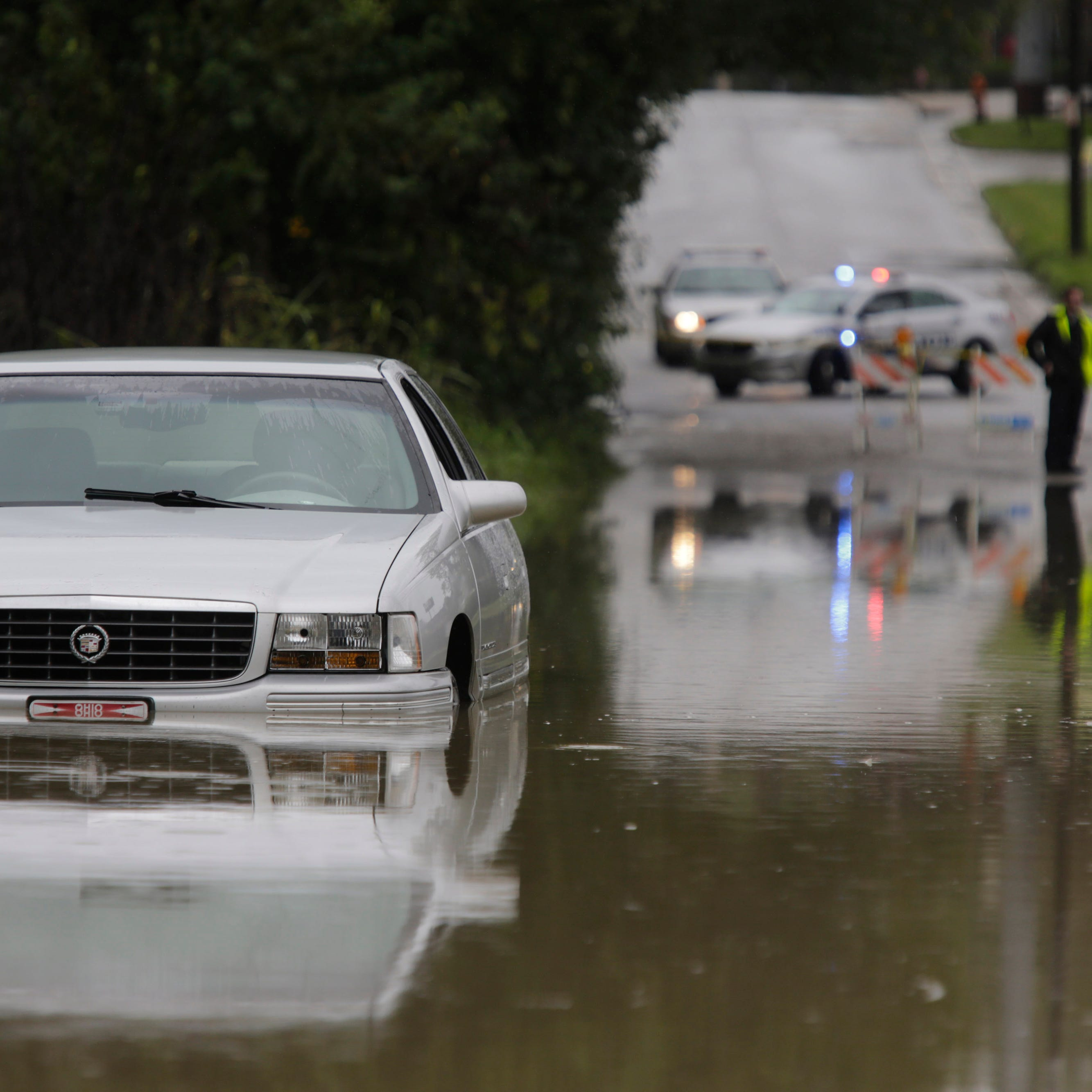 Frankfort Avenue reopens at River Road due to flash flooding