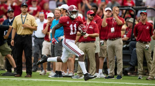 Alabama wide receiver Henry Ruggs, III, (11) breaks free for a long touchdown against Texas A&M in second half action in Tuscaloosa, Ala., on Saturday September 22, 2018.