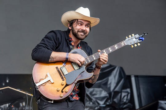 Shakey Graves is the kickoff artist for Word of South 2019.