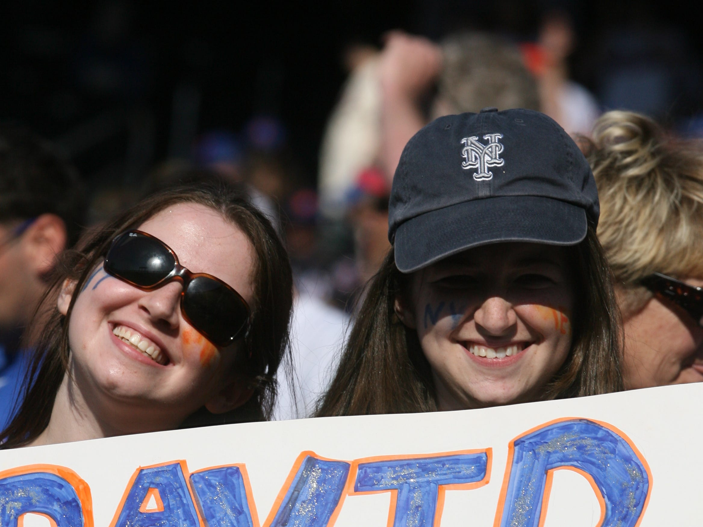 Opening Day 2010: Mets fans show their love for David Wright.