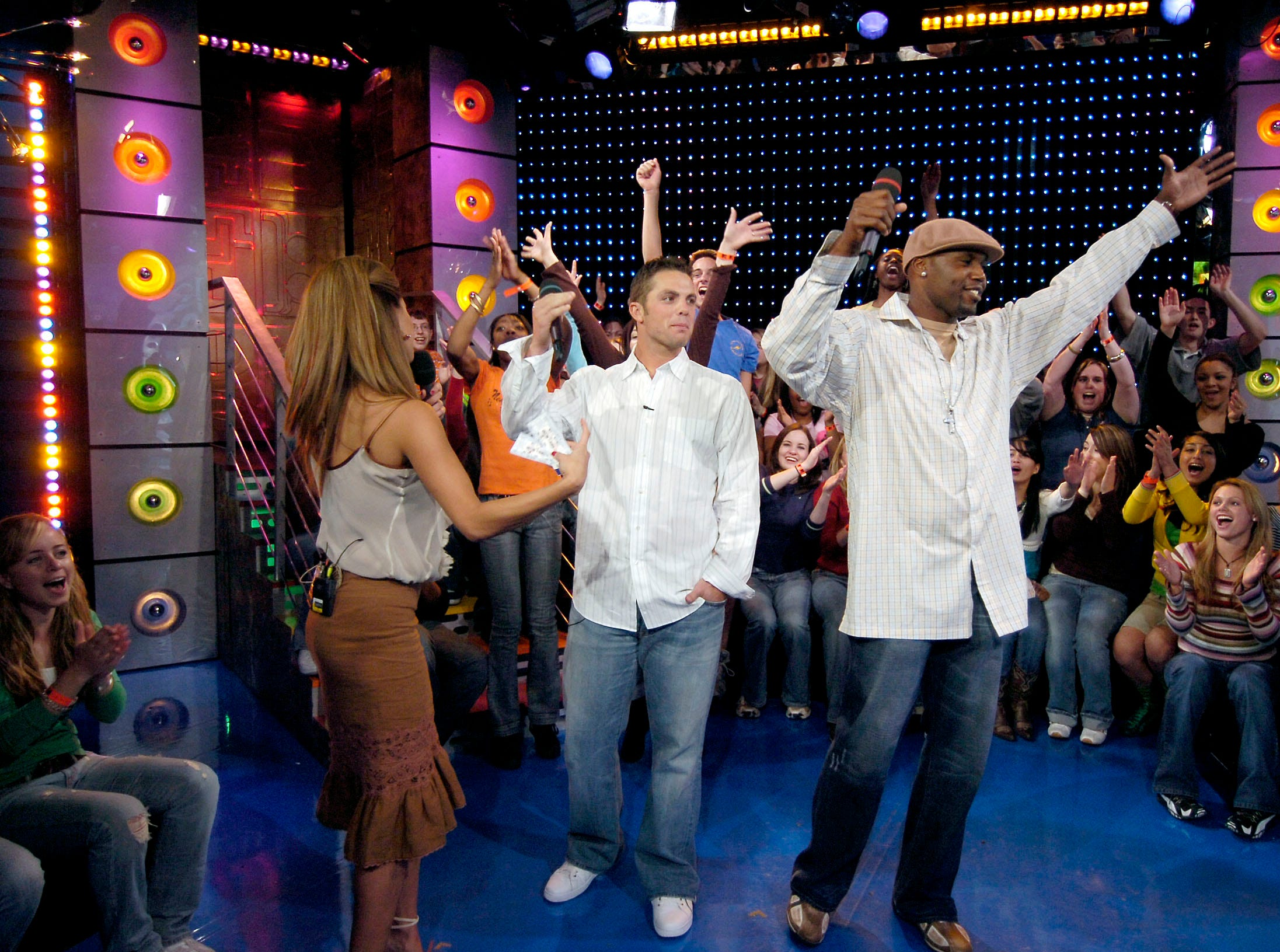 Mets players David Wright and Cliff Floyd visited the set of TRL on MTV yesterday. Here are the images from their appearance along with MTV host Vanessa Minillo.