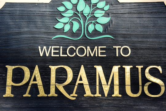 Paramus Welcome Sign.
