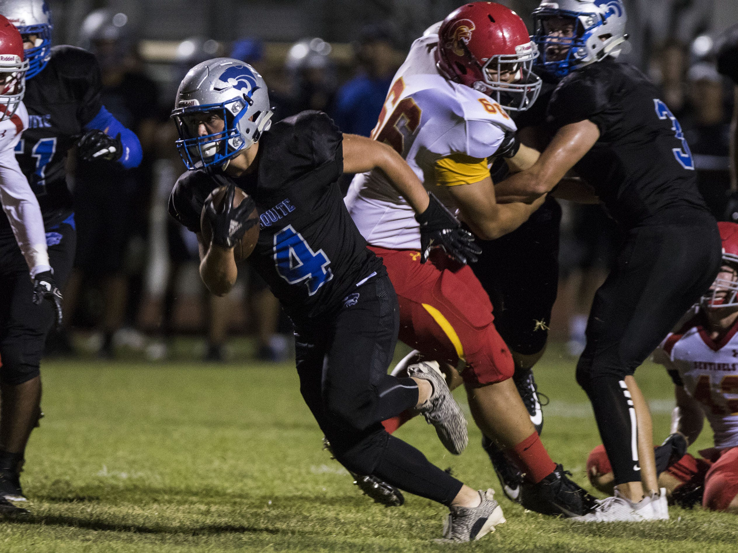 Mesquite's Chandler Coleman runs wild against Seton iduring their game in Gilbert Friday, Sept. 21, 2018. #azhsfb