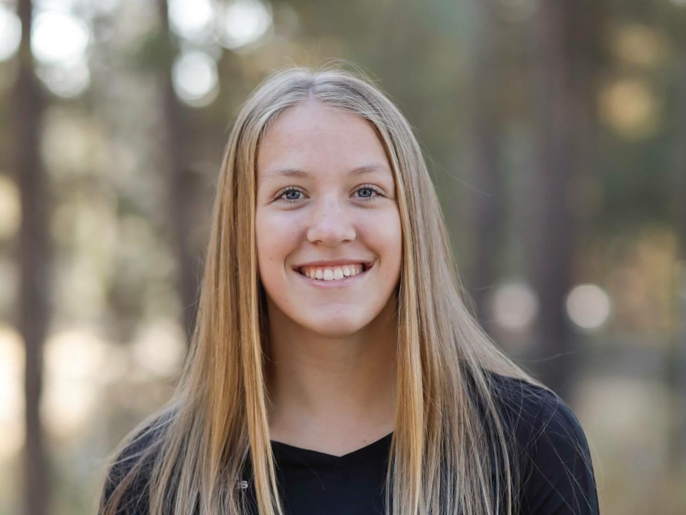 Hailey Van Well, Dallas volleyball