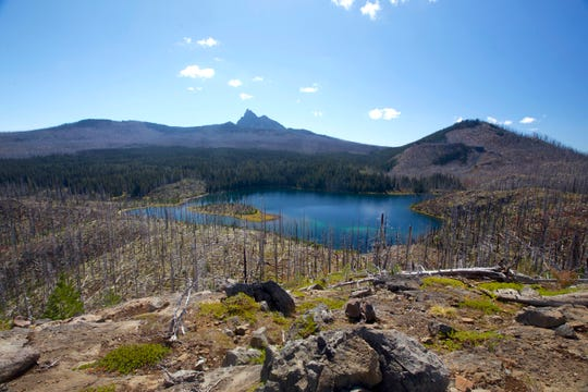 Jorn Lake in the Mount Jefferson Wilderness was impacted by the B&B Complex Fires but still makes a fun destination.
