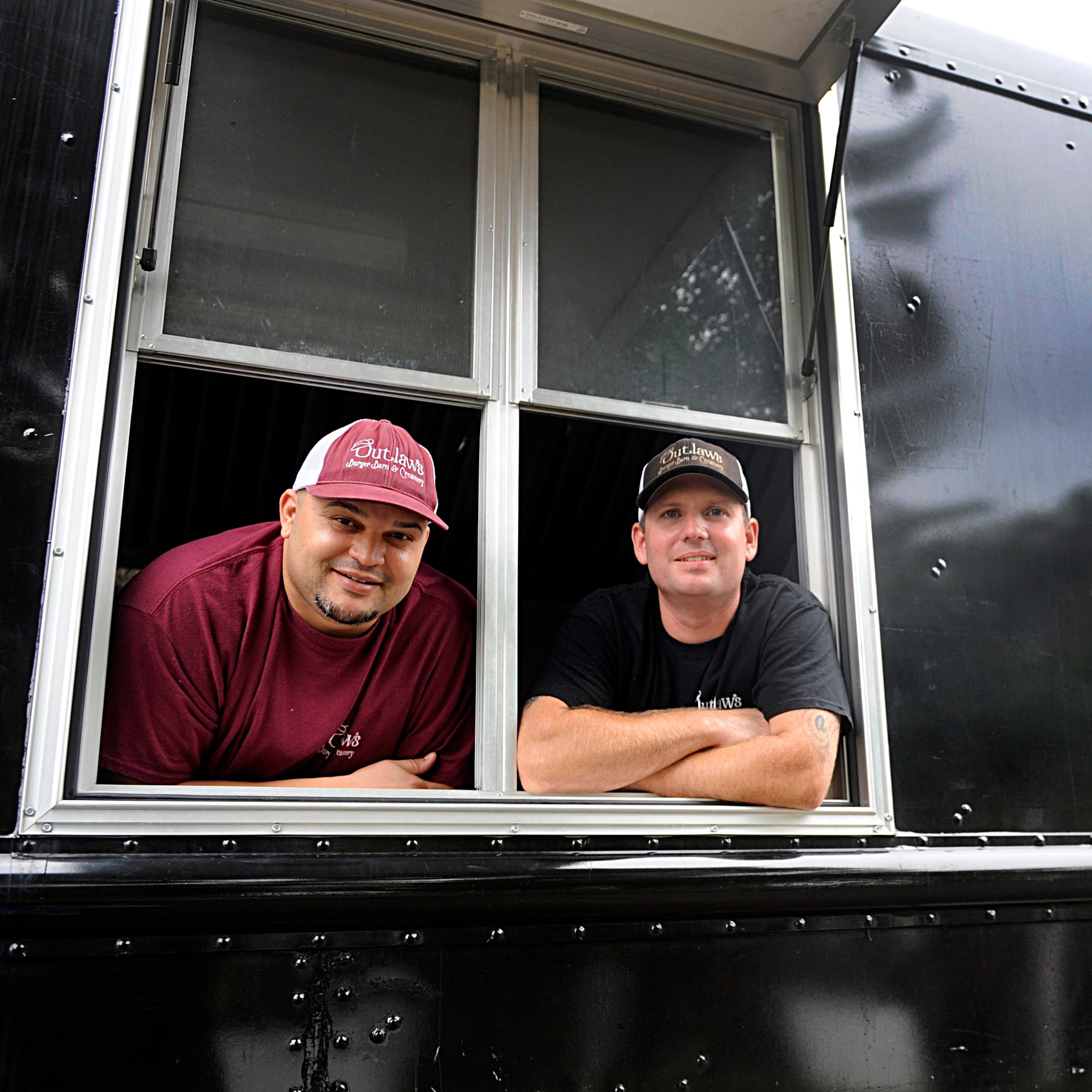 Outlaw's Burger Barn owner gives back to Vineland community with free meals
