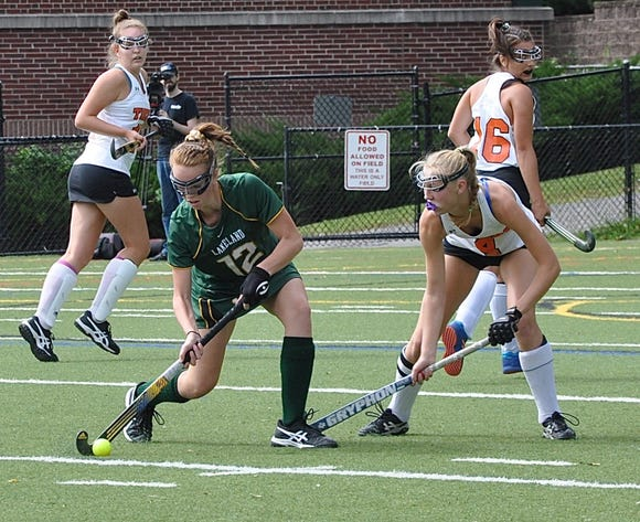 Lakeland's Emma Halderman looks to pass as Mamaroneck's Caroline Allen (r) defends during Lakeland's 2-0 win Saturday.