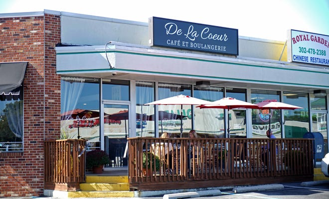 Alex and Gretchen Sianni, owners of De La Coeur Café et Pâtisserie in Wilmington, in 2017 purchased the former Bon Appetit restaurant in the Talleyville Shopping Center. They are now moving to a new location.