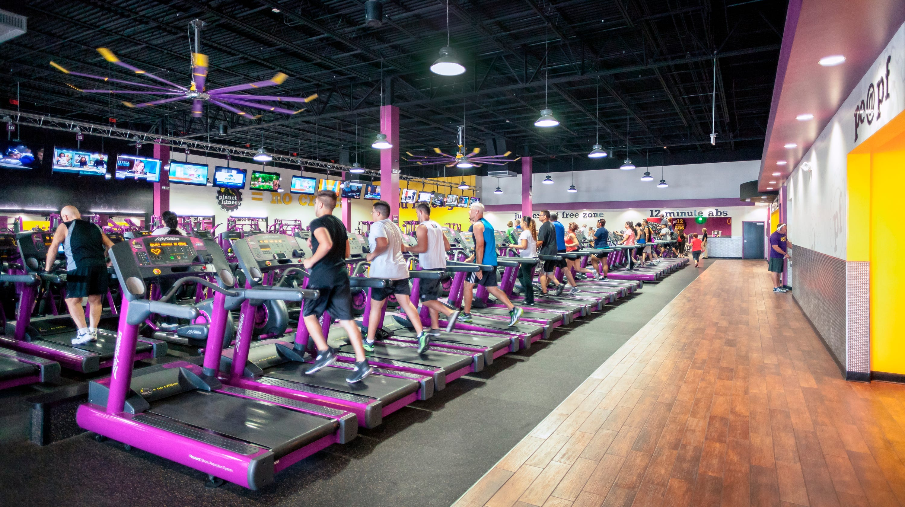 planet fitness taking over former pathmark site in new castle