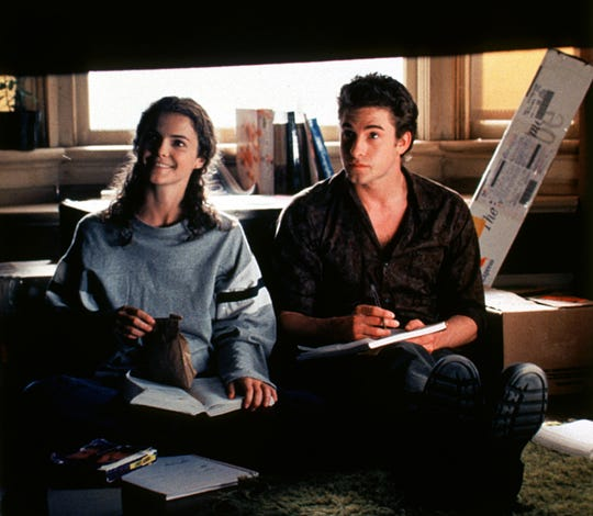 Felicity (Keri Russell) impulsively switched colleges in her pursuit of Ben (Scott Speedman). But as her relationship heated up with her cute RA, fans would have to decide if they were Team Ben or Team Noel.