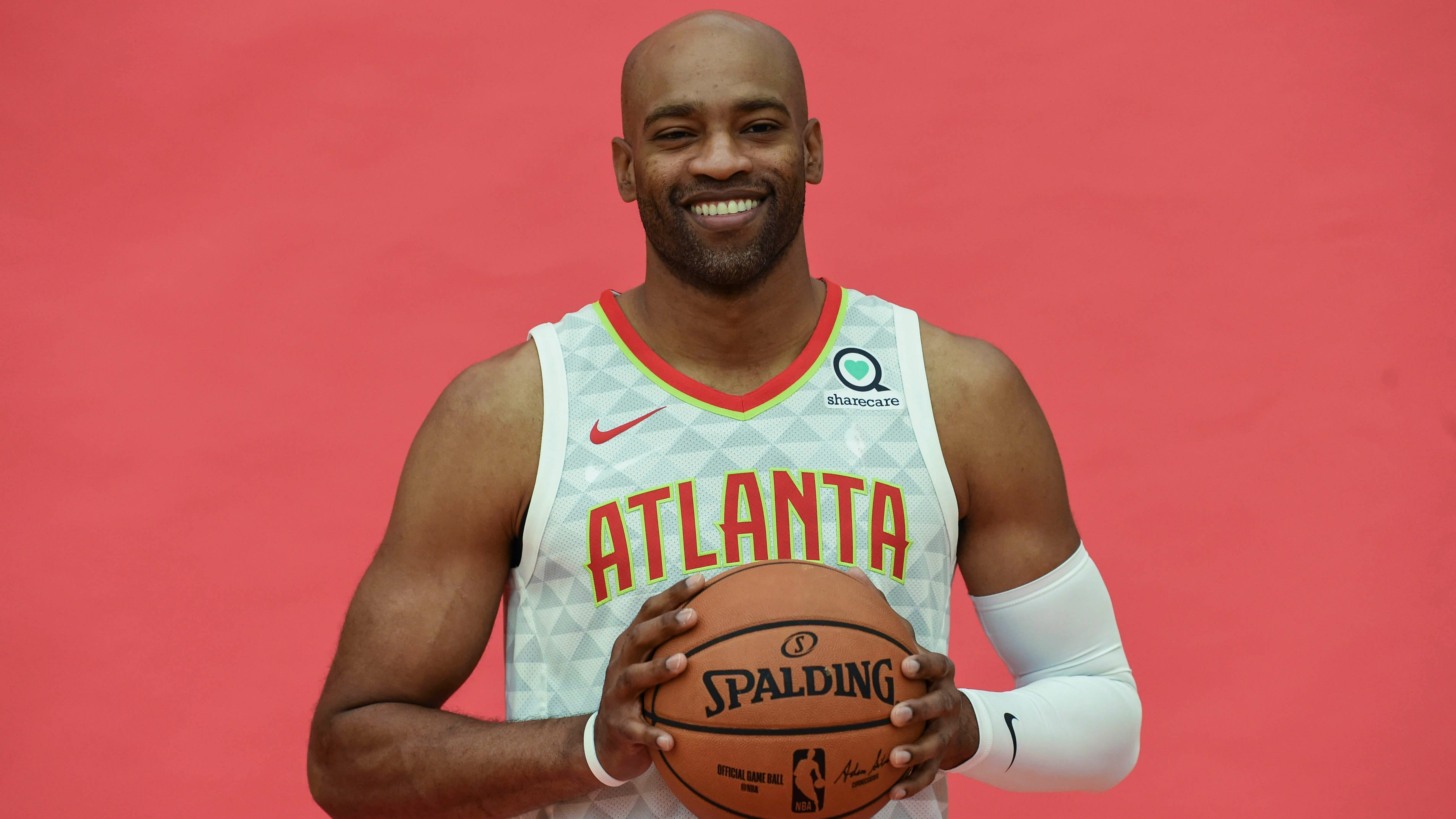 Young Hawks looking to Vince Carter to help shape championship future