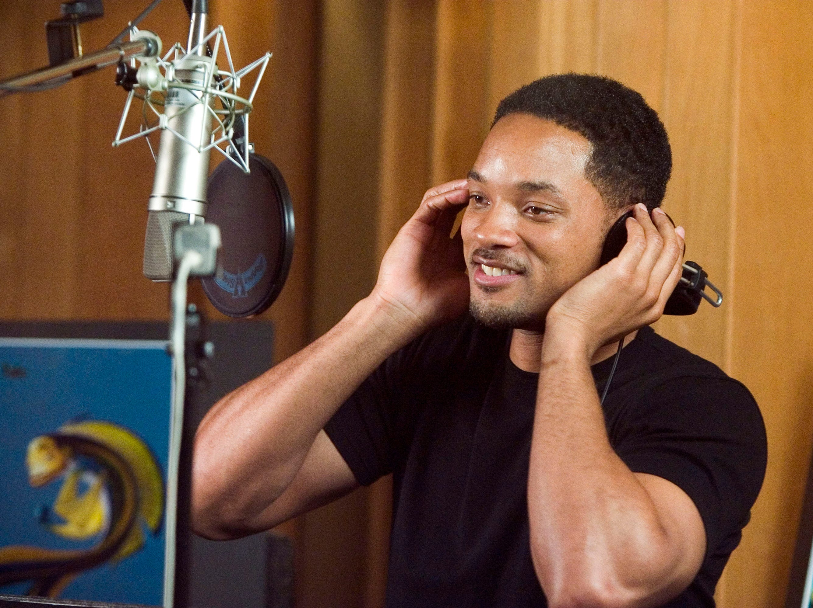 "Will Smith, voice of Oscar on the set of the motion picture ""Shark Tale."""