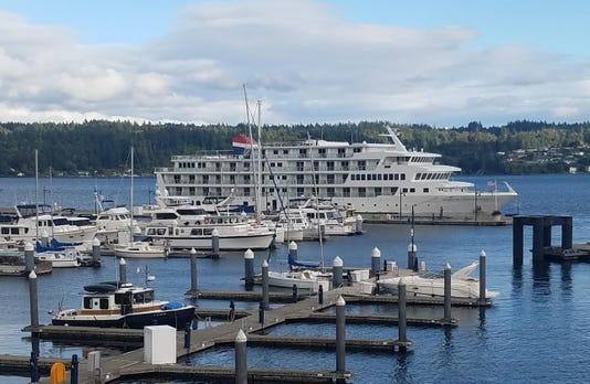 Cruise ship makes stop in Bremerton