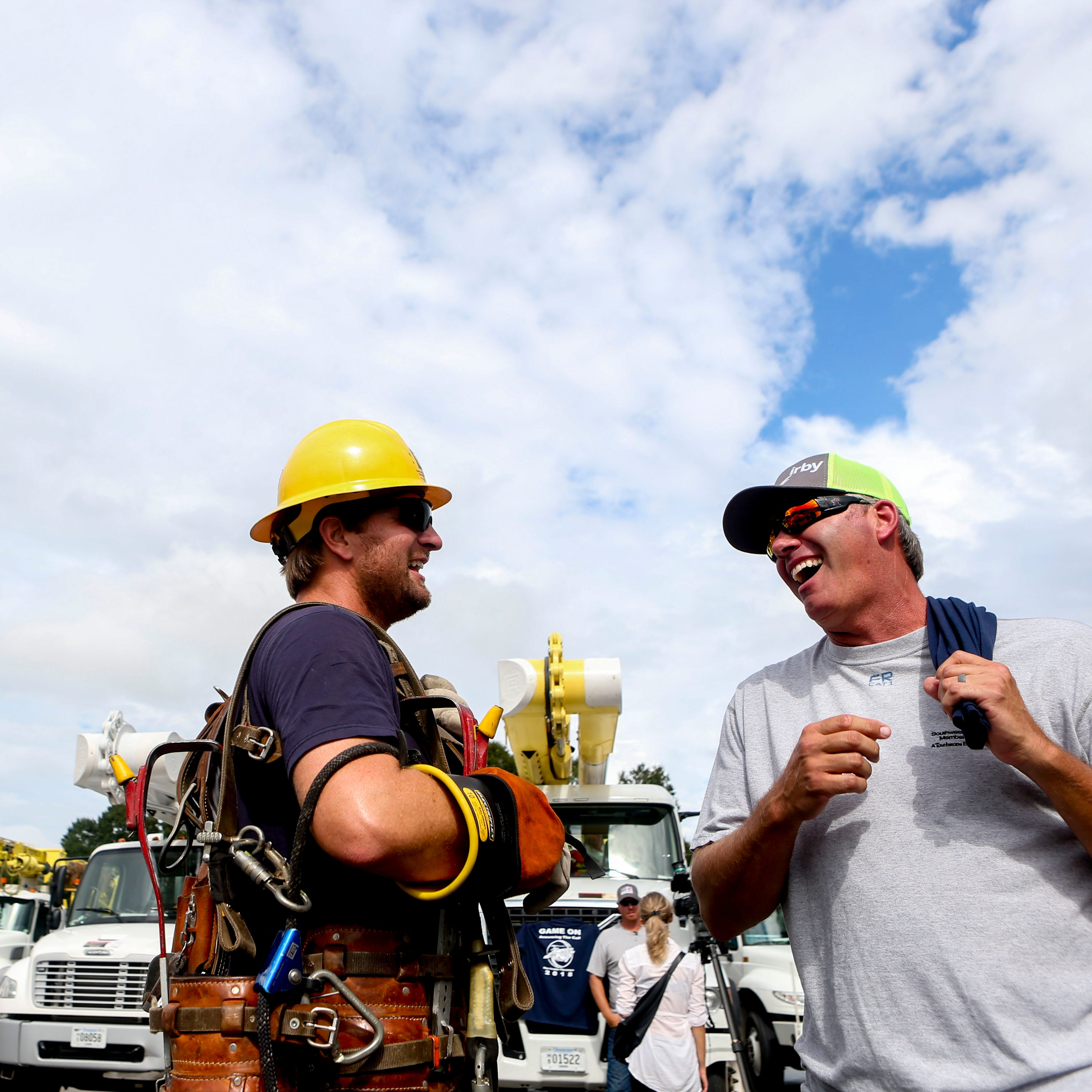 Southwest TN lineworkers return home from Florence recovery efforts