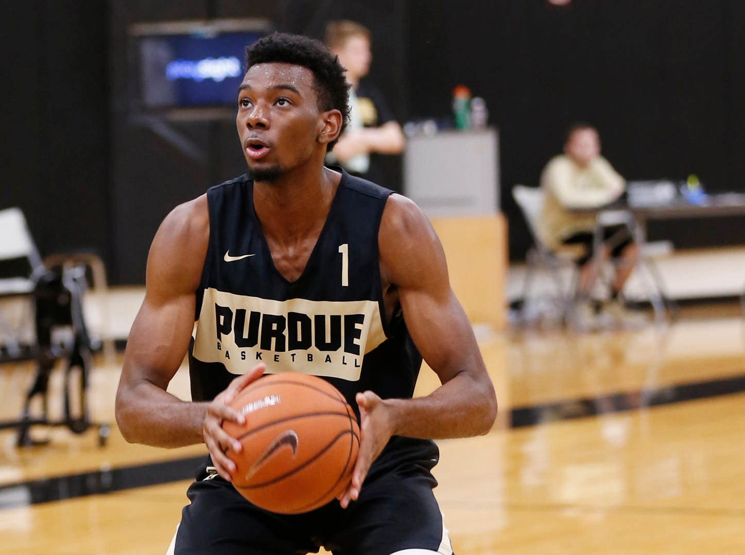 Aaron Wheeler runs a shot fake drill during the first official practice of the season for Purdue men's basketball Tuesday, September 25, 2018, at Cardinal Court in Mackey Arena.